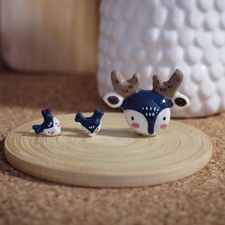 Deer set of earrings and brooch