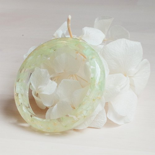 Flower and Mint Lake Water Green - Hydrangea Real Flower Bracelet, Green Series, Dried Flower Eternal Flower