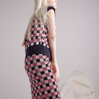 Bag hip knit straight skirt dress in plaid pink dark blue and white tight