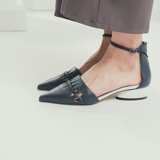 Fine triangular hollow around the ankle leather flat shoes blue