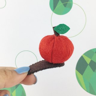 Apple three-dimensional hairpin (Red color)