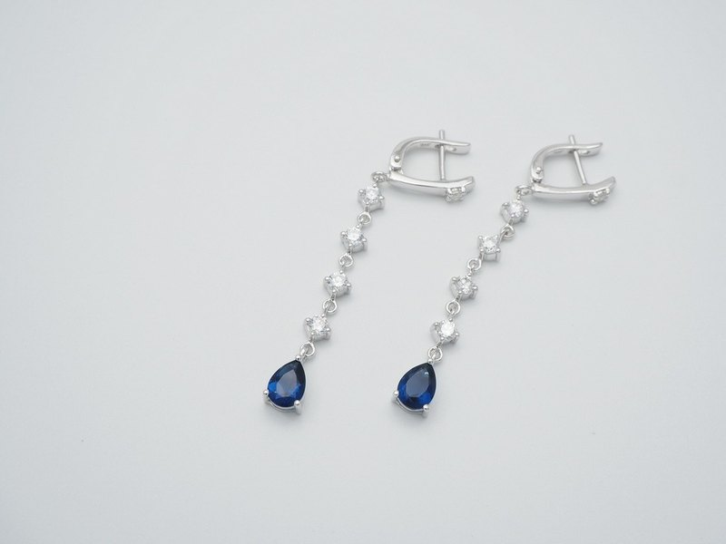 Exquisite long dangle sterling silver earring
