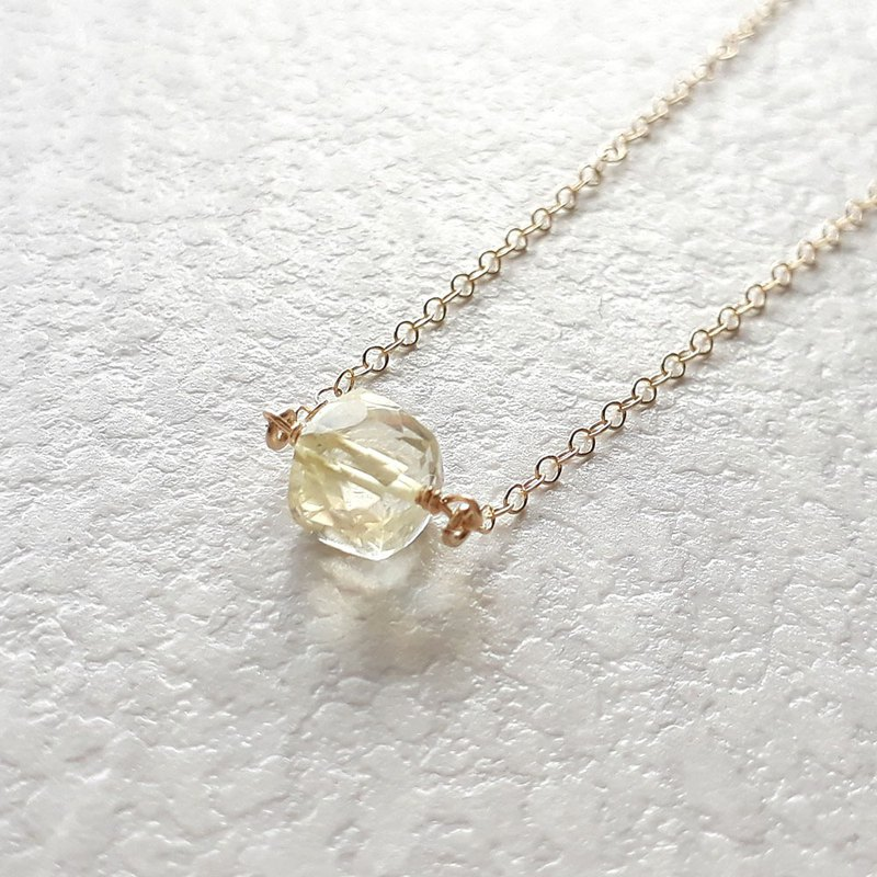 14KGF Light Yellow Topaz Topaz Three-dimensional Square Faceted Necklace