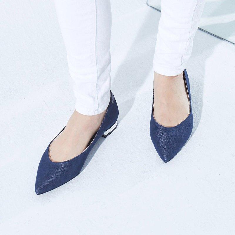 零碼-【雅典娜的微笑】微露趾縫尖頭平底鞋_牛仔藍(24/24.5)