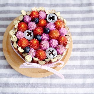 Still longing for paradise - sweet and colorful dried flowers tower integrated berry models - Dried flower tart