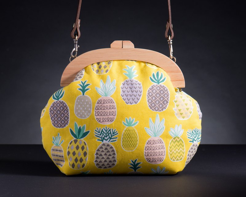 [Pineapple] retro wooden mouth gold package - the big bag # # # # Youth Arts cute super cute # # New Year's gift Valentine's Day gift