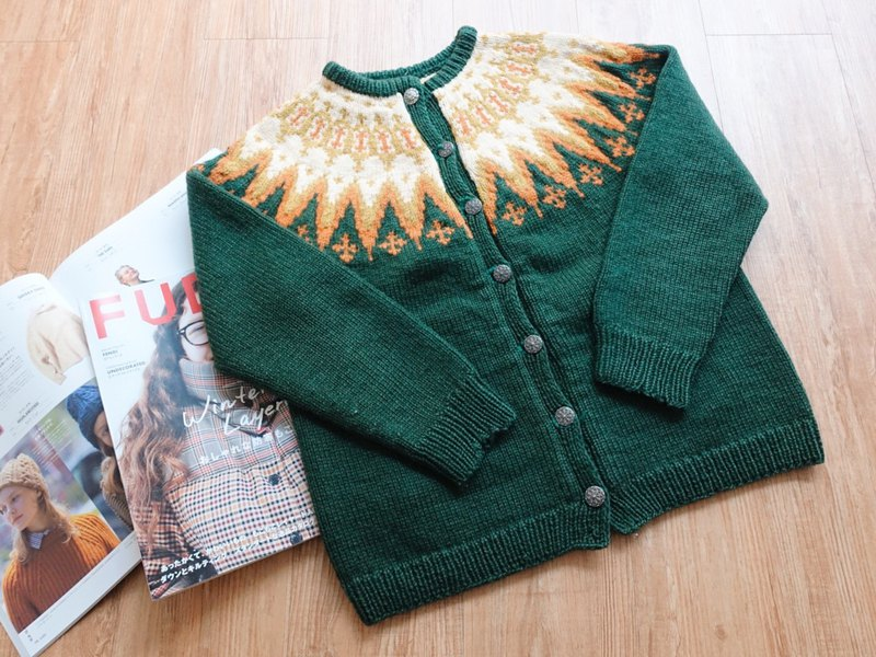Vintage on / open sweater no.94 tk