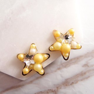 STAR 。 clip-on earrings OR piercing earrings