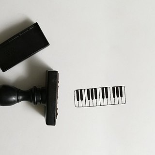 Customized heavy-duty stamped logo imprinted embossed convex wedding card wedding card business card with light stamp