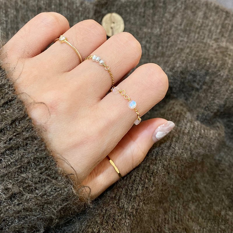 ITS-R127【14KGF・Round Gem Adjustable Chain Ring】Moonstone