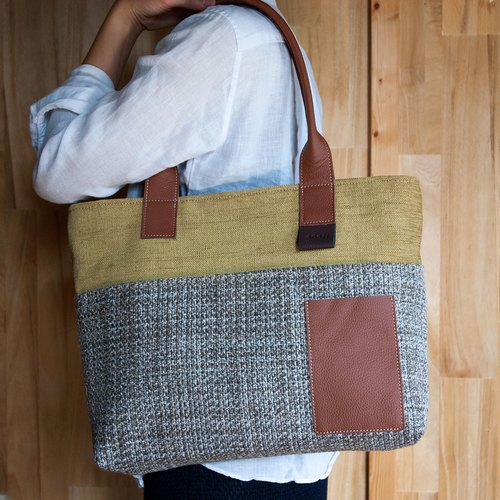 Made from upholstery fabric : Tote bag
