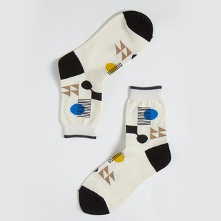 [New York] OutOfOffice / Irregular Geometric Socks / Beige / Socks