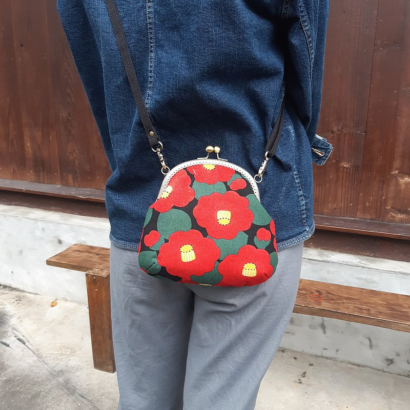 Red pile flower mouth gold bag / cross-body bag / side bag / carry bag
