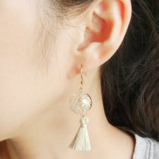 *coucoubird*pure white glass ball tassel earrings / can be folder type