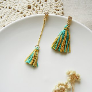 *coucoubird*vintage - tassel small drill earrings / yellow-blue-green