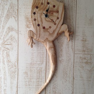 gecko wall clock (Japanese ash)