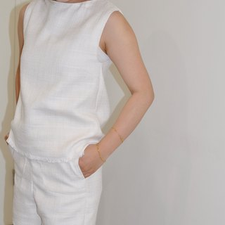 Flat 135 X Taiwanese designers Summer fresh lemon yellow pure white sleeveless shirt + woven fabrics, large pocket shorts