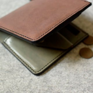 YOURS leather straight V short clip (with coin pocket inside) dark wood leather + green leather