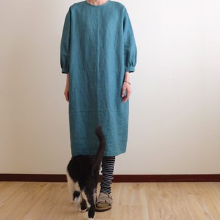 Daily hand-made suit is green bubble sleeve straight dress linen