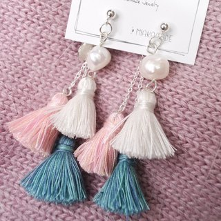 Freshwater pearls with pantone coloured tassels 925silver Earrings