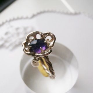 Purple flower ring