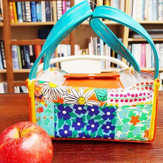 Inside and outside waterproof placemat / lunch bag - Kaleidoscope Waterproof Placemat Lunch Bag