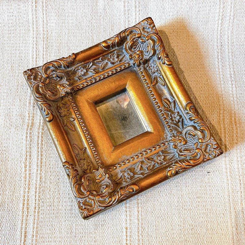 美國帶回古董 金色立體雕花相框造型小鏡擺飾