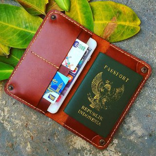 Wallet Passport + iPhone 6/6s/7/8 plus or iPhone X (color brown)