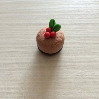 Small dessert clay / ornaments / cranberry cocoa tower