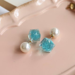 Japanese handmade ornaments - Pearl Smurf earrings