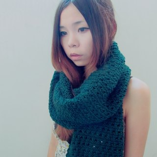 Lan wool scarves (dark green)
