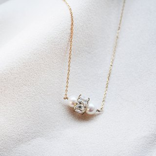Snow Pearl Pearl Zircon Clavicle Necklace