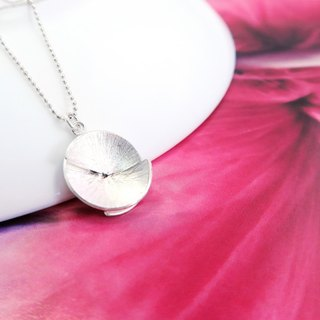 Sterling silver hand made flower necklace