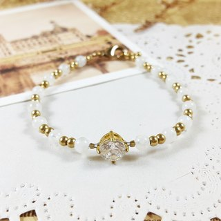 Moonlight _ bracelet // white moonlight stone zircon brass