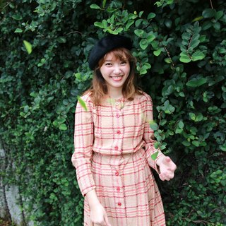 Back to Green :: warm checkered vintage dress (D-38)