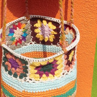 Valentine's Day gift limit a hand-woven fabric basket / basket / hanging bag / nest knitting basket / flower woven basket - colorful gradient color forest flowers weaving