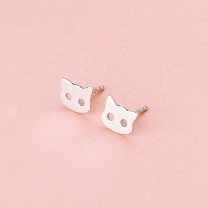 Cat Earrings in 925 Sterling Silver with White Gold plating