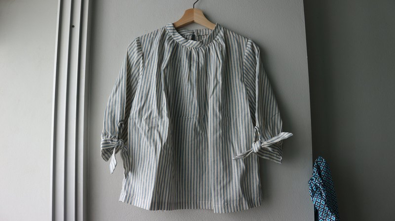 Sheintieoff blouse in candy stripe