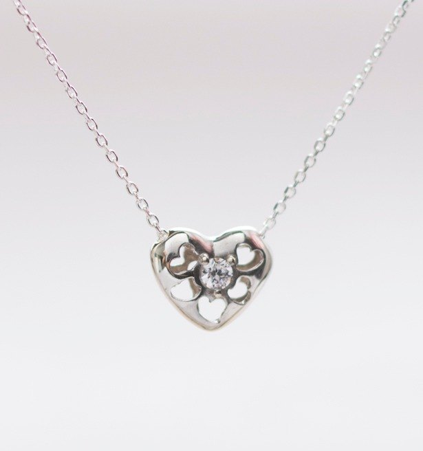 Three-dimensional love hollow diamond necklace hand made 925 sterling silver