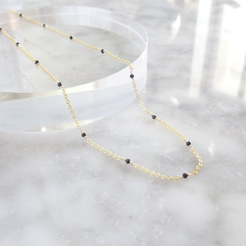 14kgf * AAA black spinel station necklace