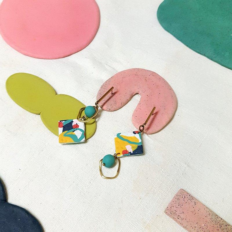 夏之果系列-  繽紛色系雙面圖案 不對稱 菱形 耳環