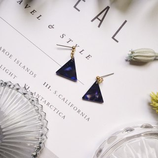 La Don - Stone Triangle - Dark Blue Black Ear Pins
