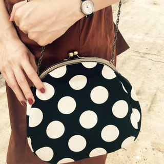 Retro elegant feel water jade dot gold chain bag