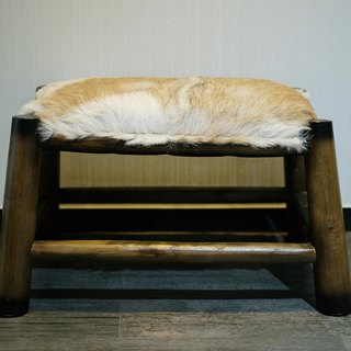 Juwi goat hide shoe fitting bench