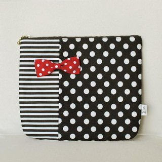 pouch dots borders monochrome red dots ribbon brooch Chief