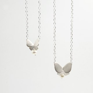 I-Shan13 | polyline silver butterfly necklace (small)