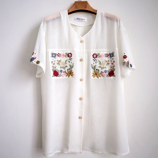 Pumpkin Vintage. Vintage Flowers Embroidered Chiffon White Shirt