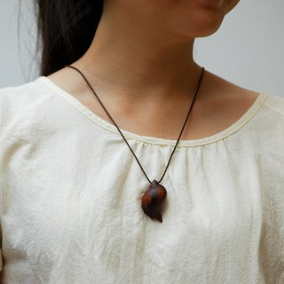 seashell necklace Wood Pendant