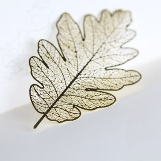 Hand Heart Design Four Seasons Leaf Brass Bookmarks Oak Leaves Gift Box