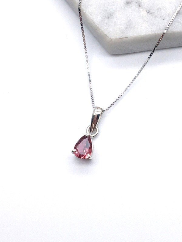 Pink tourmaline 925 sterling silver faceted claw set design necklace made in Nepal handmade